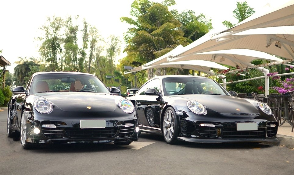 Porsche 911 Turbo S & Porsche 911 GT2 RS